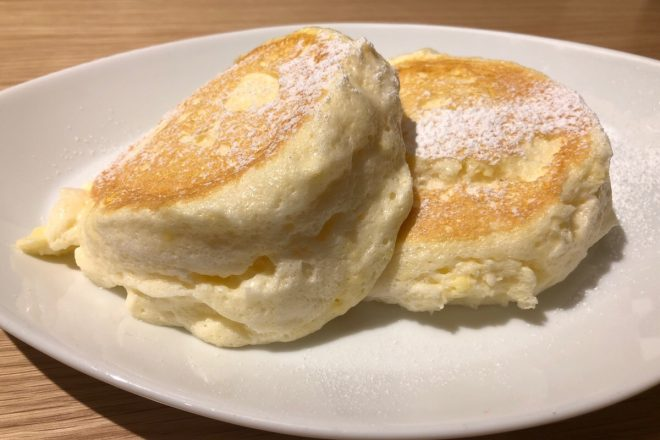 ふわとろパンケーキがこの価格で!?コスパ爆発の「むさしの森珈琲」が北海道にやってきた!