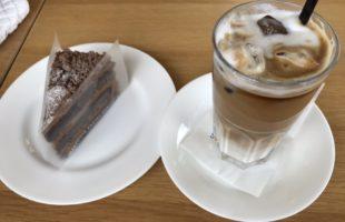 店内・お菓子・飲み物 どれをとっても上品です。函館の人気菓子店を札幌で楽しむ。