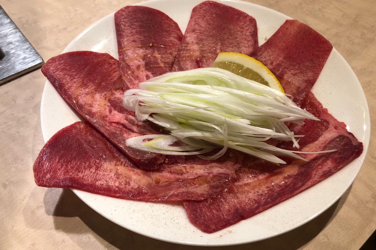 南区で焼き肉が食べたくなったらここに決まり!「炭火焼肉 半蔵門」