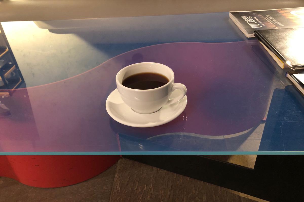 フグレンのコーヒーが楽しめるお洒落カフェ「コントローラーカフェ (Controller kaffe)」